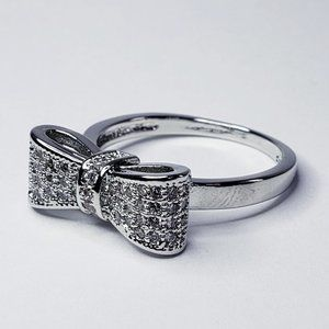 Jewelry - Size 4.5 White Sapphire 925 Bow Ring